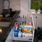 15 nowoczesna kuchnia w kamienicy pojemne i wytrzymałe szuflady