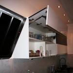 7 nowoczesna kuchnia w kamienicy szafki górne uchylne drzwi okap